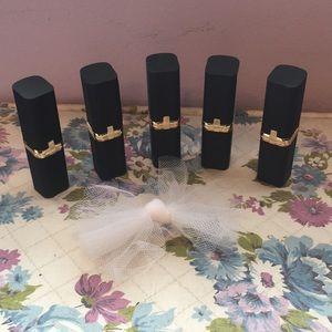 L'Oréal Colour Riche Luxurious Lipsticks (5)